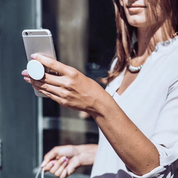 popsocket demo phone holder - image: Amazon.com